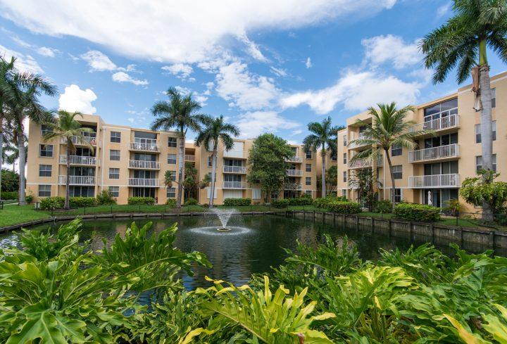 Immobilier Floride Condominium Etang